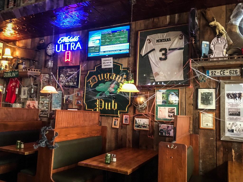 Dugan's Pub-002