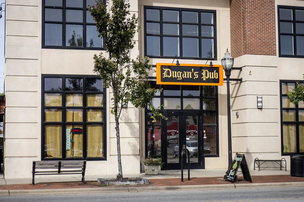Dugan's Pub-004