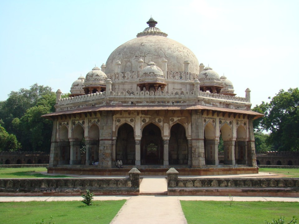 Delhi Tumba de Isa Khan India 05