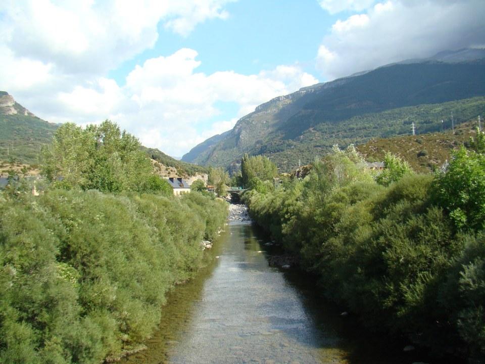 río Aragón Villanúa Pirineo Aragonés Huesca 01