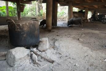 Wasserkoch-Stelle unter Küchenhütte