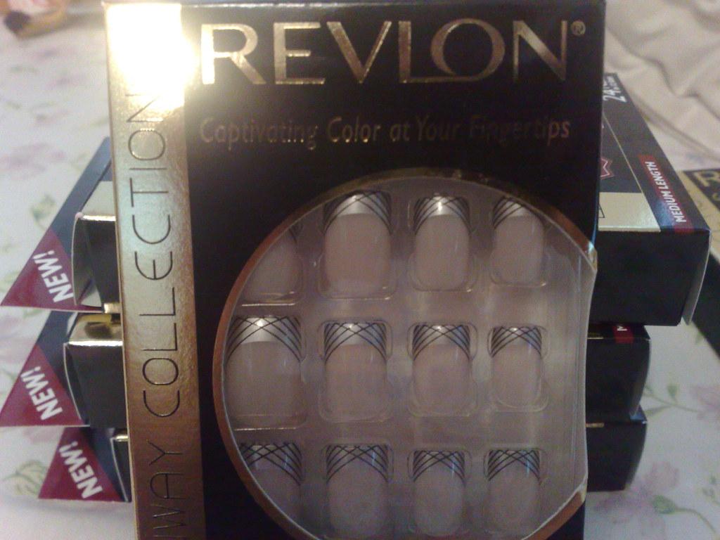 Revlon Runway Collection Nails, Studio