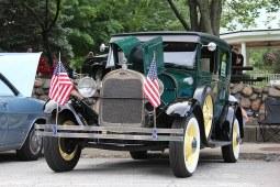 Classic Car Cruise-In 038