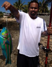 "Used fresh tako bait from Gary's store and caught this hinalaya in Makaha. ""Was able to catch this big buggah with my nitro pole."" Mahalo, Stuart Yahiku"