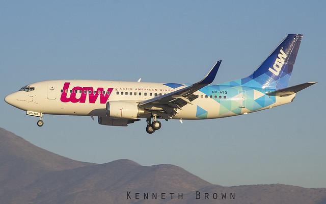 Boeing 737-33V (WL) LAW - Latin American Wings CC-ASQ