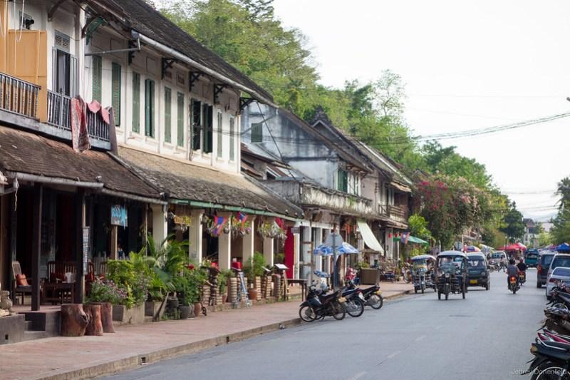 2013-05-27 Luang Prabang - DSC03642-FullWM