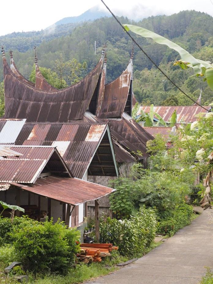 Indonesia Minangkabau Traditional Houses West Sumatra S Flickr