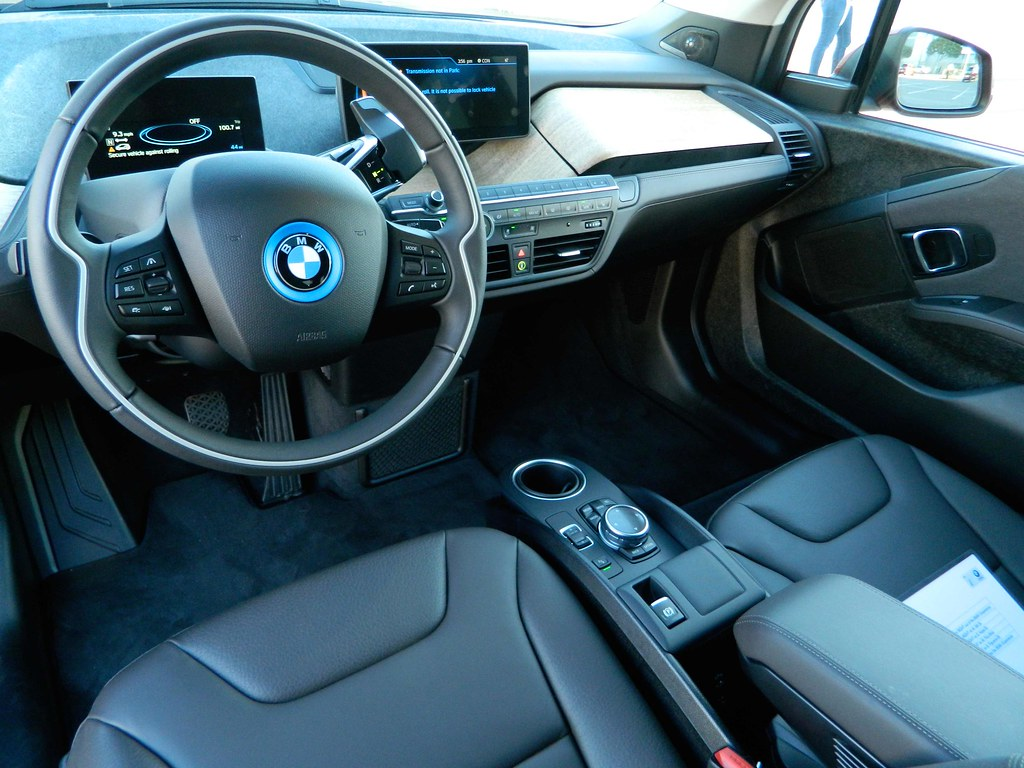 Bmw I4 Interior This Is The Bmw I4 Electric Car That Was