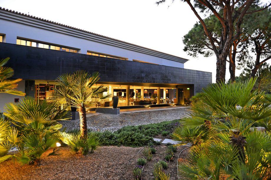Praia_Verde_Boutique_Hotel_-_Design_Hotels-Altura-Exterior_view-1-407695