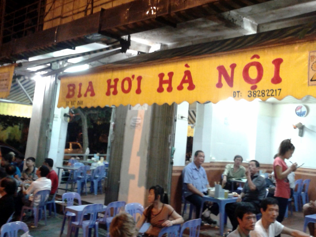 Bia Hoi Corner
