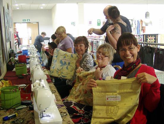 Happy Sunday royal bag makers