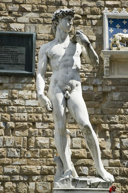 2599427925 51d5c326eb c 8on8   Arte gratuita na Itália: as 8 esculturas imperdíveis dos grandes gênios italianos
