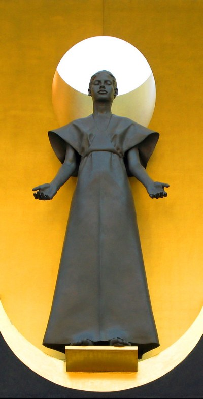 Our Lady of the Angels: a modern Virgin Mary, Los Angeles …   Flickr
