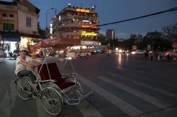 Cyclo-Fahrer am Abend 1