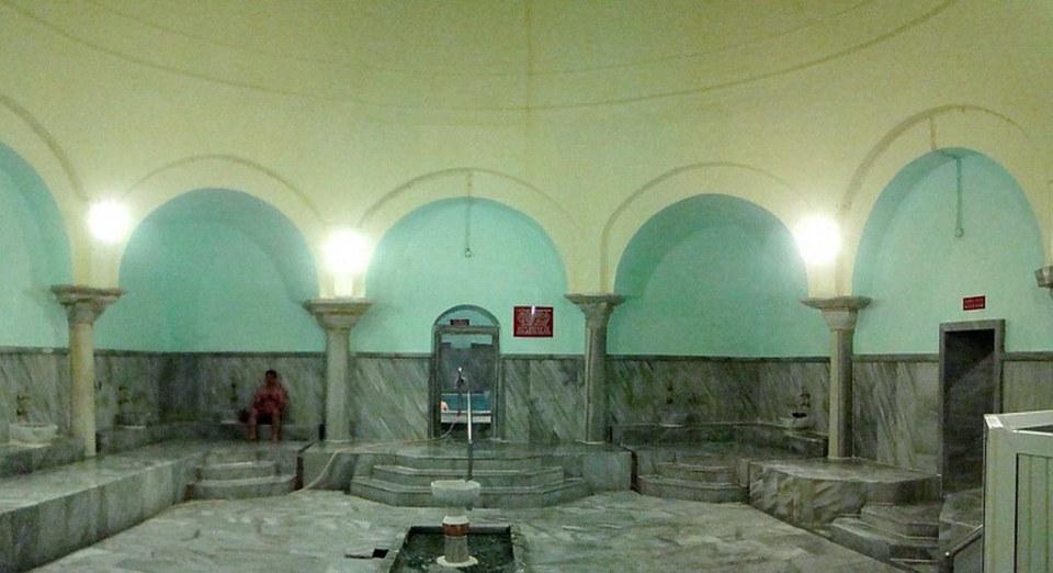 sala fría interior baño de Armutlu Hammam turco Eskteli Kaplıca Armutlu Hamamı Bursa Turquía 21