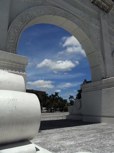 藍天白雲 | 藍藍的天,白白的雲,藍天白雲好時光 | Hung Chieh Tsai | Flickr