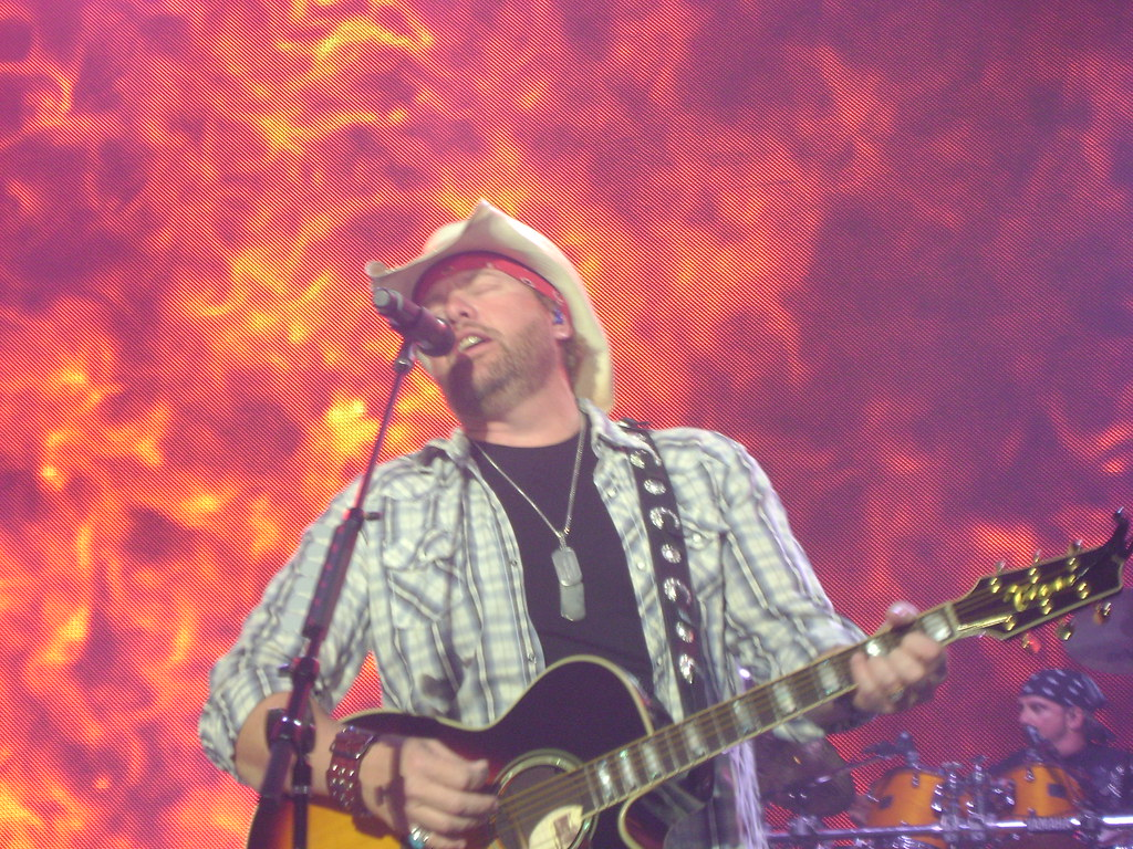 Toby Keith Coming to Winnipeg July 24, 2020