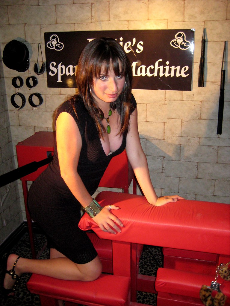 Lisa With The Pleasure Torture Spanking Machine Nathan