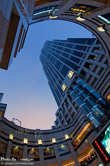 上海香港新世界大廈 Hong Kong New World Tower | 上海香港新世界大廈,上海市盧灣區最高的寫字樓… | Flickr