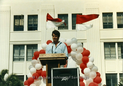 P012.019m.r.t San Diego Walks for Life 1986: Gordon Thomson speaking at podium