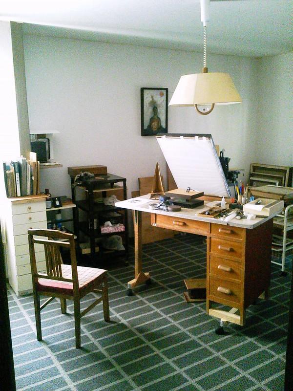 画家が版画をする部屋