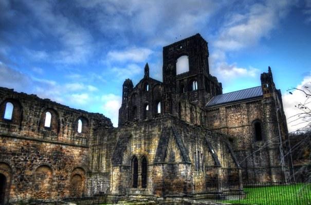 Kirkstall Abbey Exterior