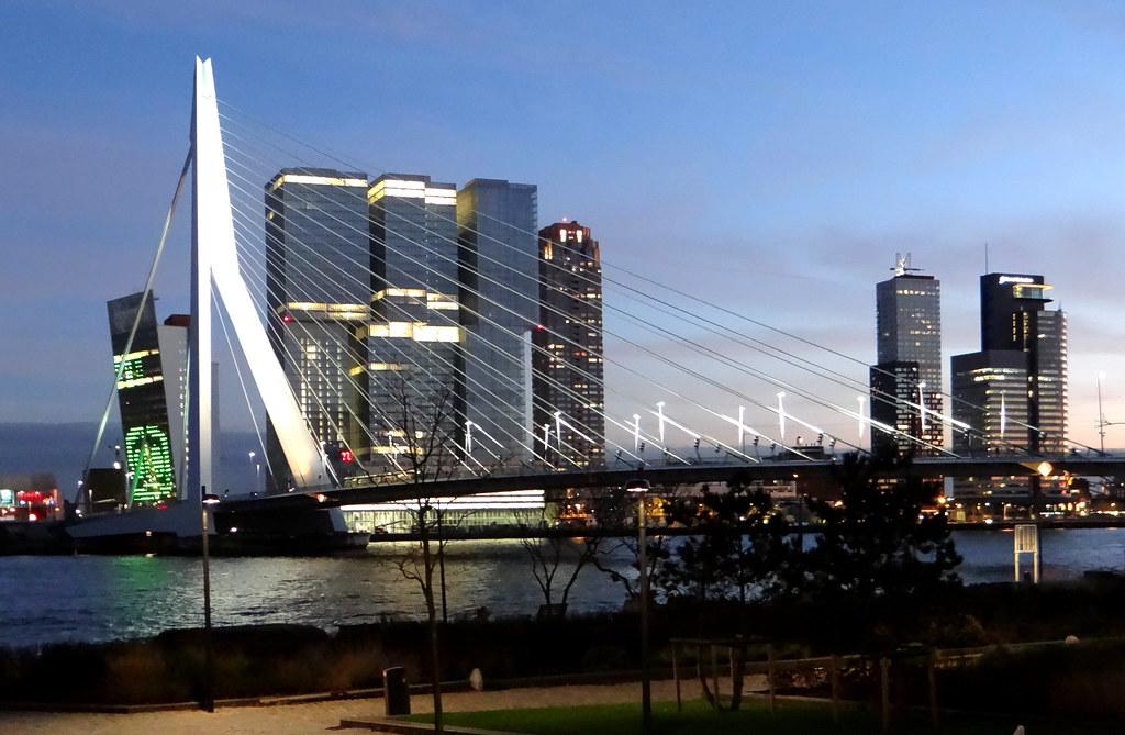 De Rotterdam Avond De Rotterdam Is Het 150 Meter Hoge