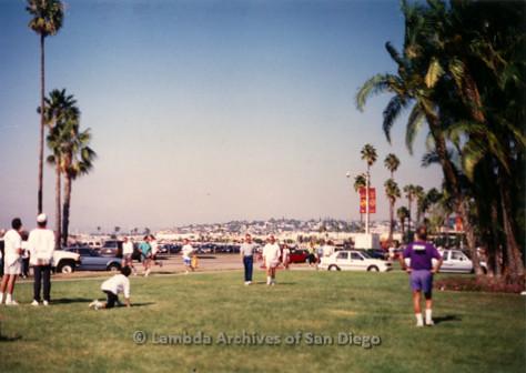 P197.014m.r.t AIDS Walk San Diego 1991: People walking on grass area outside