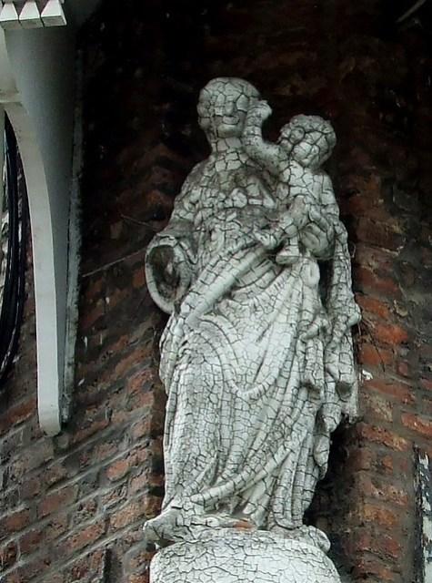 street-corner statue, Mechelen