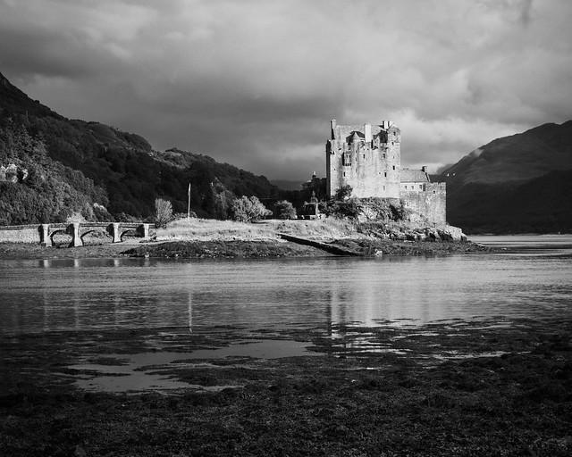 Eilean Donan Castle (mono), near Dornie