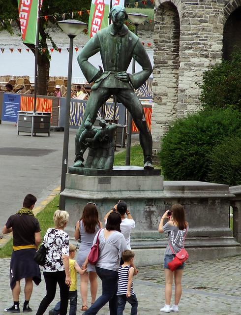 Antwerp giant