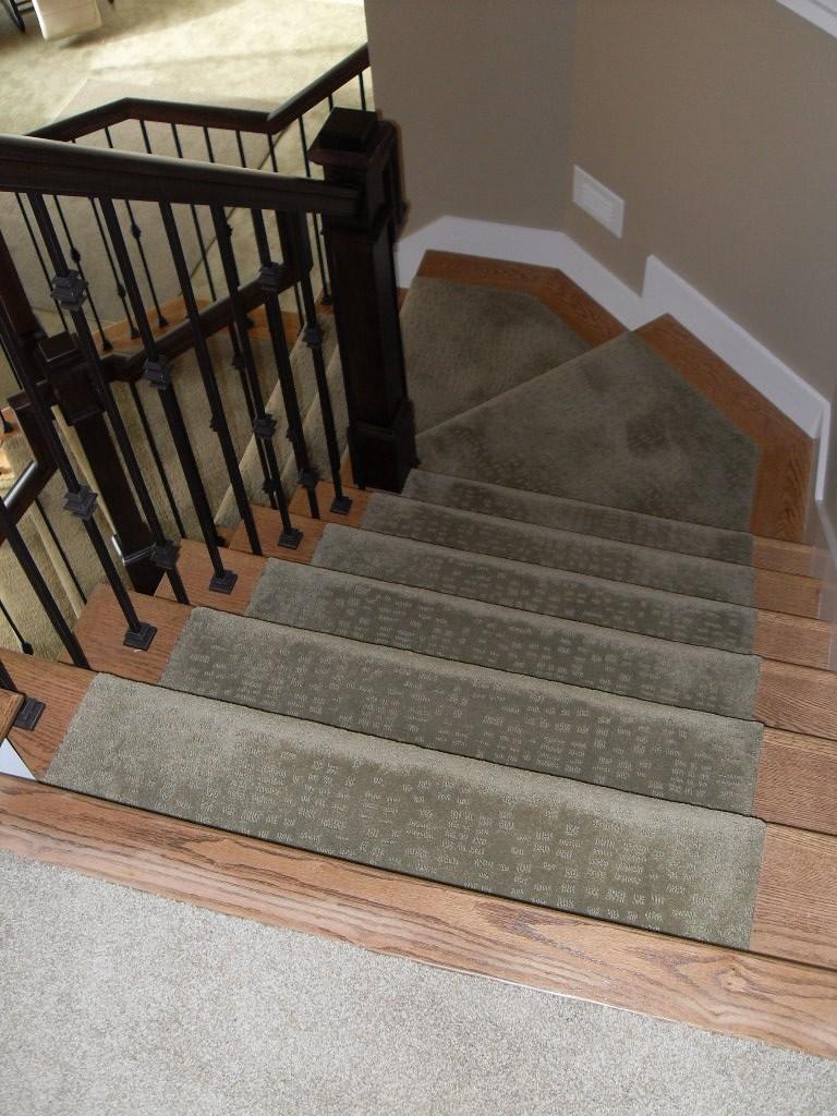 Tread Caps With Carpet Runner Red Oak Stair Caps With A Ca… Flickr   Oak Stair Tread Caps   Scraped Oak   Red Oak   Vinyl Plank Flooring   Pergo Outlast   Sp125 4F048C