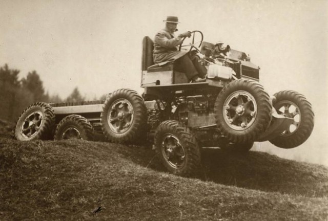 Terreinwagen / All terrain car