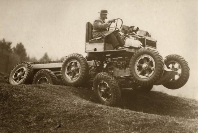 Terreinwagen / All terrain car