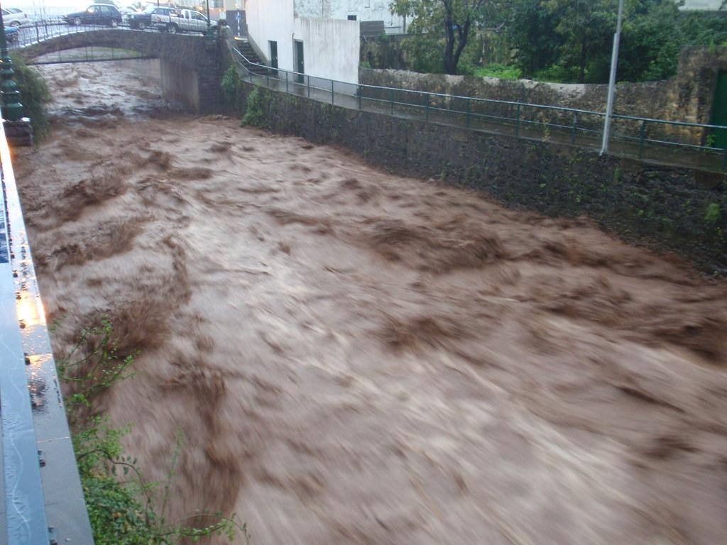 Madeira's Worst Storm Feb 2010 (11)