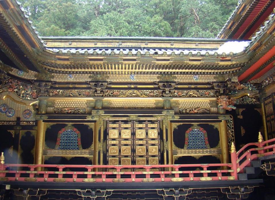 Edificio Sala principal Honden Karamon puerta Mausoleo Lemitsu o Taiyuinbyo de Nikko Japon 19