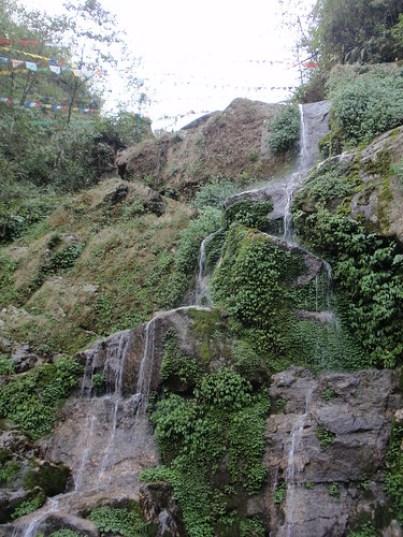 bakthang waterfall photo
