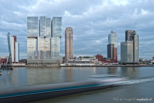 Vertical City, passing by... / de Rotterdam / Wilhelminapier