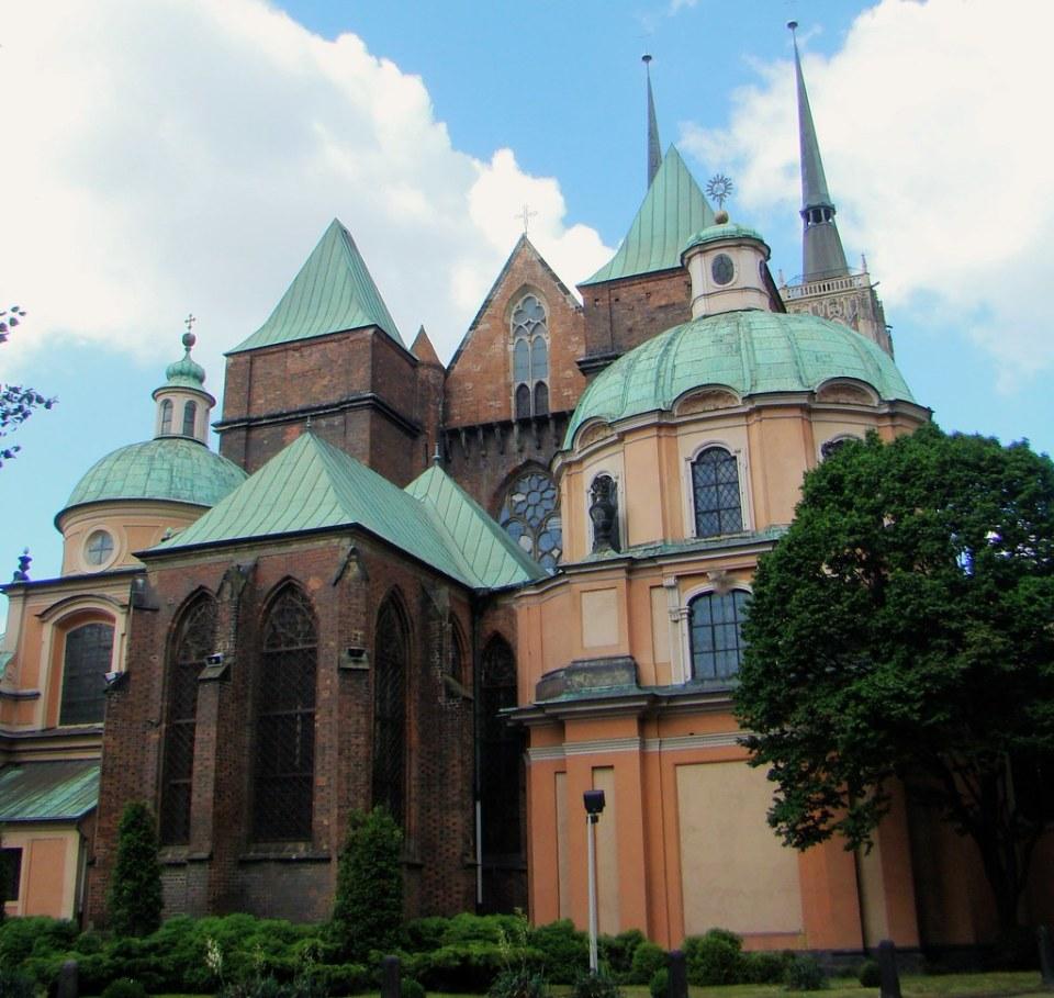 exterior capillas de San Elżbiety, Mariacka, Elektorska Catedral de San Juan Bautista Breslavia Polonia 06