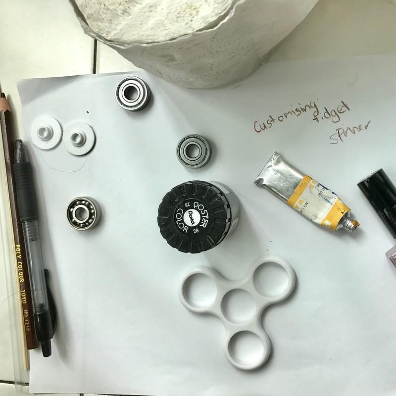 Making of customized Fidget Spinner