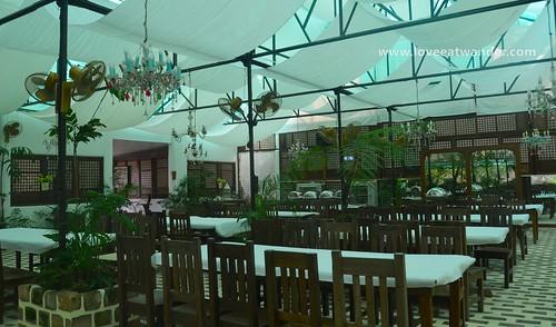 Tagaytay Wedding -Sonya's Garden