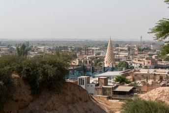 Vanaf Daniëls graf (die blijkbaar profeet was voor Christenen en Moslims) liepen we de heuvel op naar het kasteel van Shush.