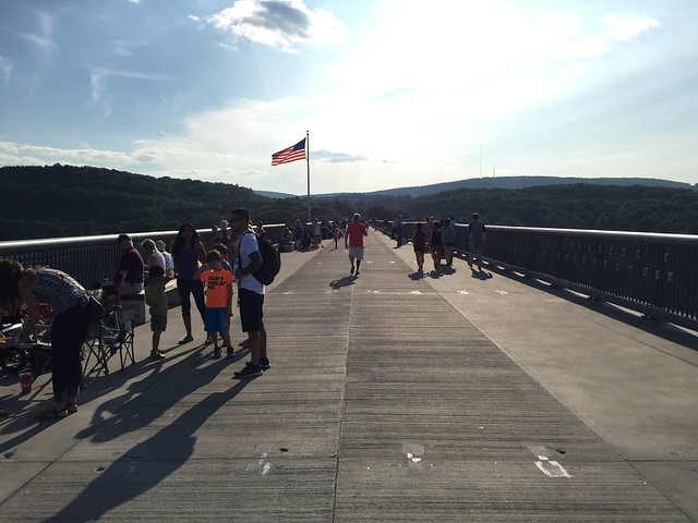 Walkway over the Hudson:Poughkeepsie :: High Line:Manhattan