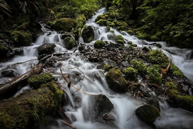 A small cascade along Multnomah Falls loop before forming Kahweena Falls.