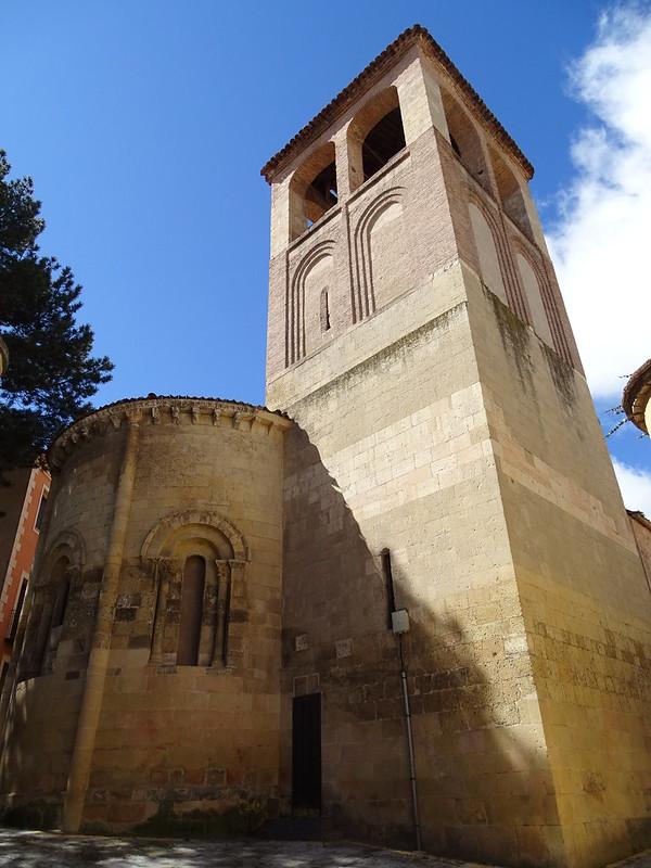 Segovia abside exterior y torre Iglesia de San Sebastian 05