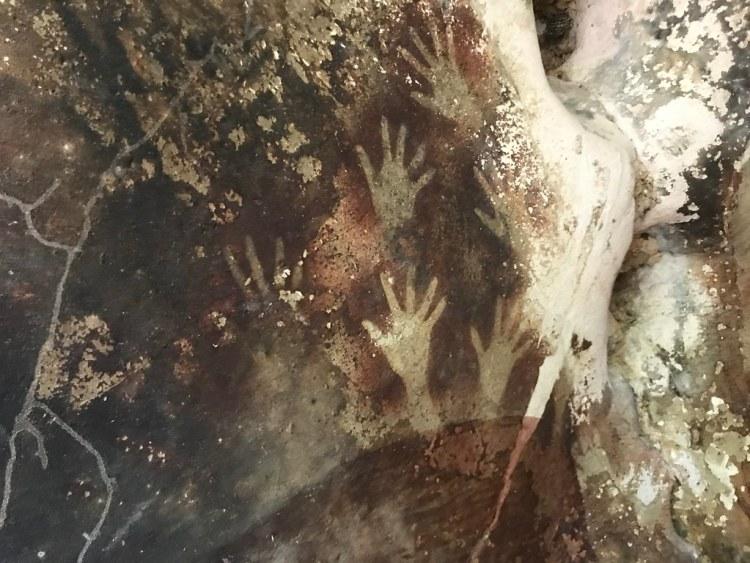 Leang-Leang Handprints