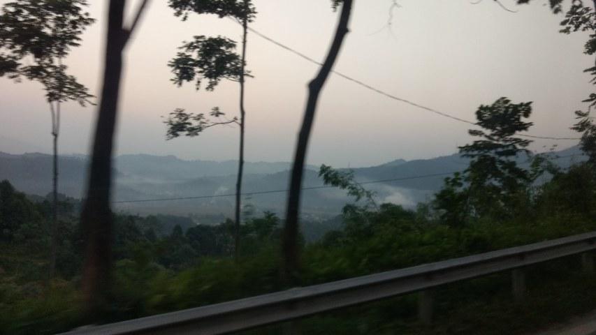 Bus: Lao Cai - Sapa