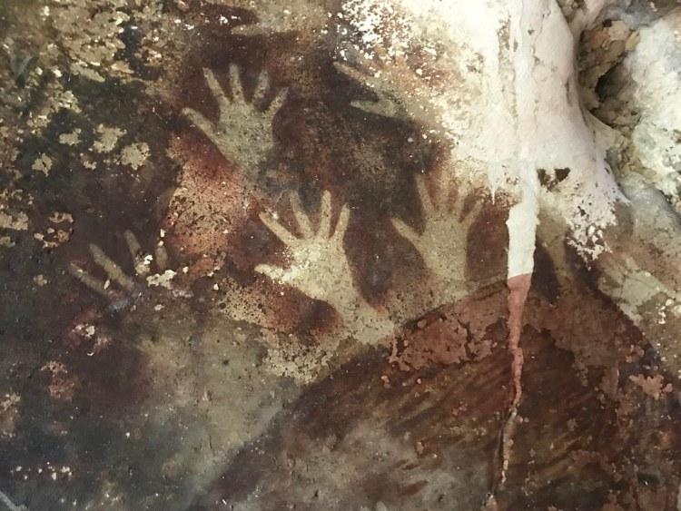 Leang-Leang More Handprints