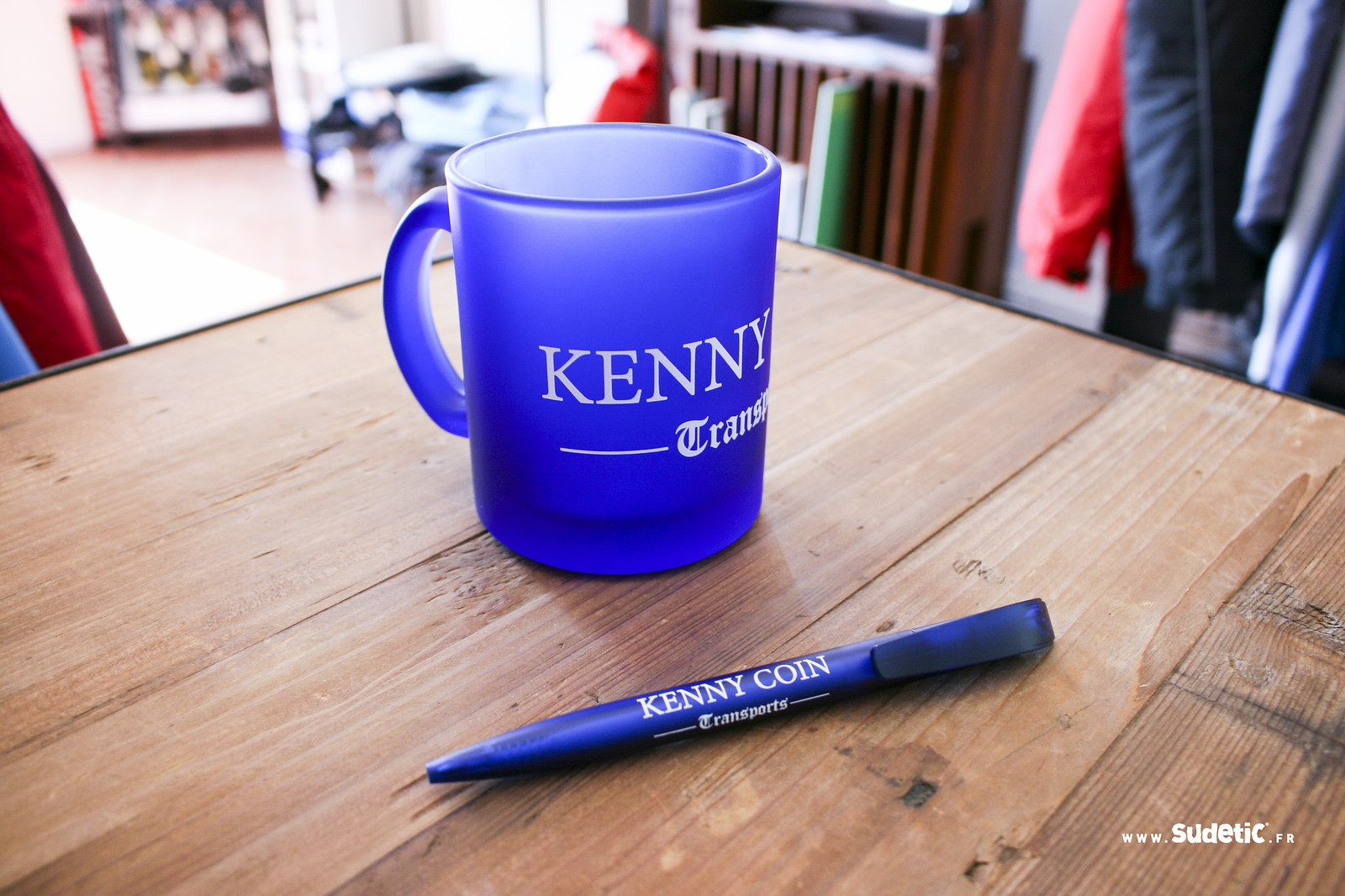 Sudetic Mug et Stylo Kenny Coin