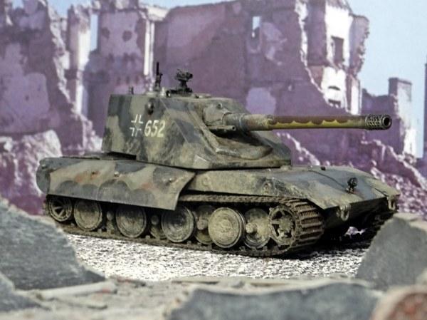 """1:72 Panzerkampfwagen E-100 Ausf. D, """"652"""" of the German X ..."""